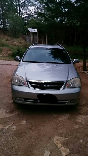 chevrolet optra familiar