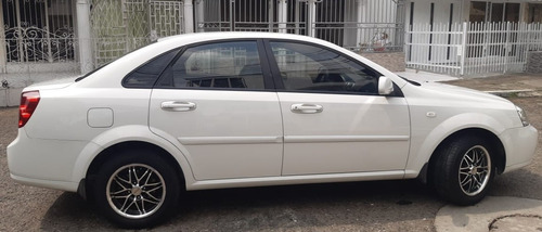 chevrolet optra full equipo.