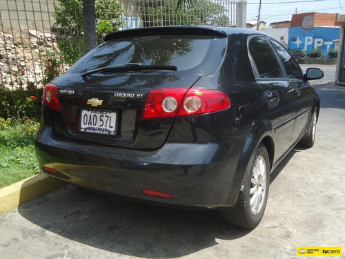 chevrolet optra hb automatico