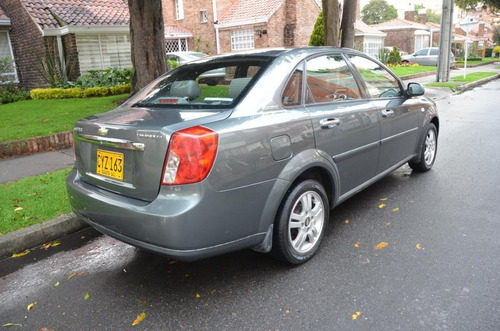 chevrolet optra limited 1.8 techo