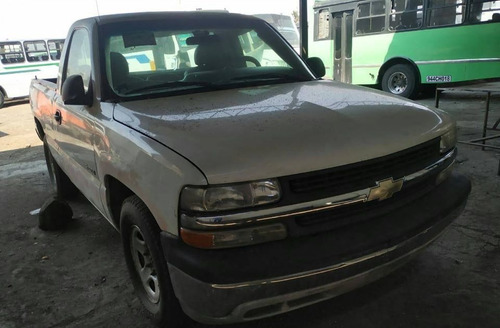 chevrolet pick up 2002 standar gas 8 cilindros super