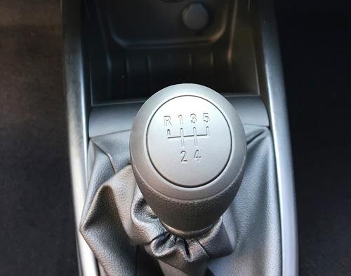 chevrolet prisma autos