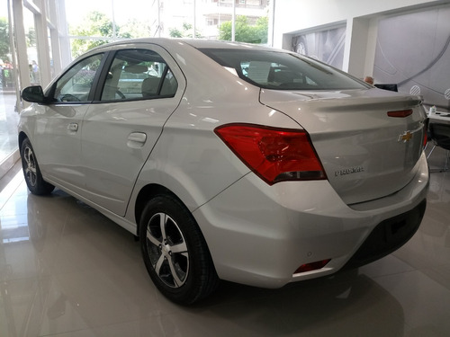 chevrolet prisma onix plus 1.4 joy 0km. no ka  fb