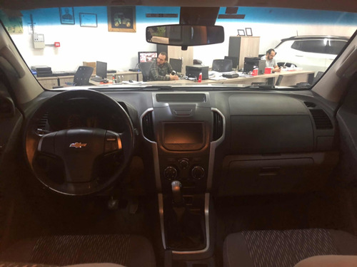 chevrolet s10 2.4 lt cab. dupla 4x2 flex 4p 2014