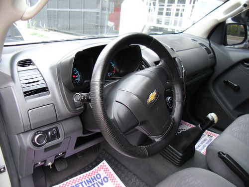 chevrolet s10 2.8 ls 4x4 cd 14 v turbo diesel / 2014