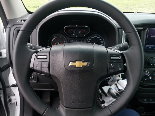 chevrolet s10 2.8 lt automatica turbo d. cd 4x4  fb