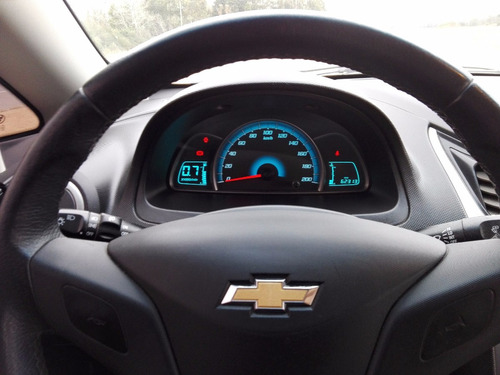 chevrolet sail con multimedia