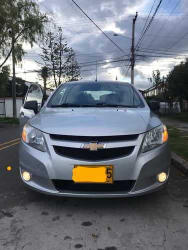 chevrolet sail plata brillante
