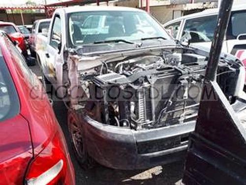 chevrolet silverado 1500 2012  para reparar.. no partes...