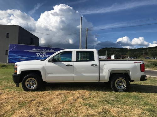 chevrolet silverado 2014  2500 doble cabina 4x4 impecable