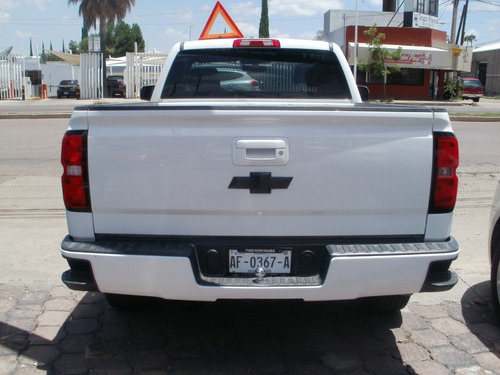 chevrolet silverado 2015 cab. reg 4.3 1500  v6