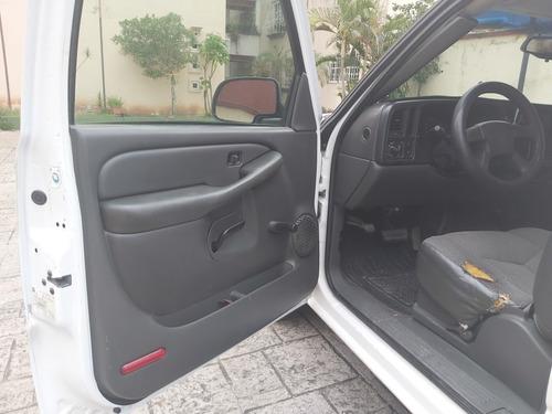 chevrolet silverado 5.3 pickup silverado 2500 at 2003