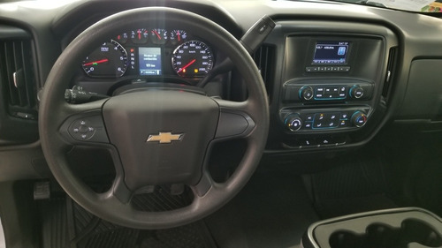 chevrolet silverado 5.4 2500 cab reg ls 4x2 at 2017