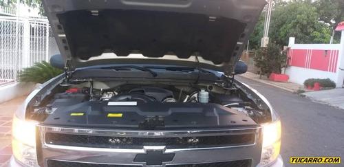 chevrolet silverado sedan