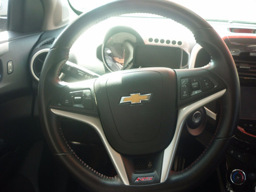 chevrolet sonic 1.4 rs mt