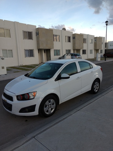 chevrolet sonic 1.6 ls man at