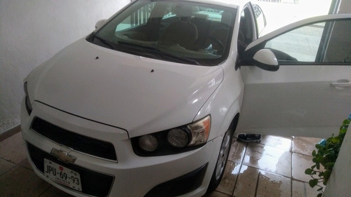 chevrolet sonic 1.6 lt at 2013