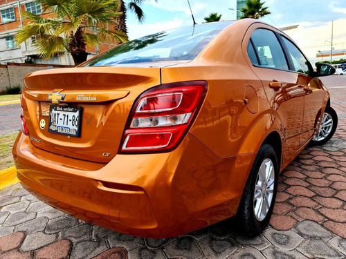chevrolet sonic 1.6 lt at 2017