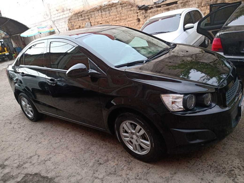 chevrolet sonic 1.6 lt at 5 p 2016