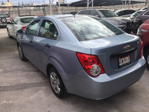chevrolet sonic a 5vel aa mt, 2012