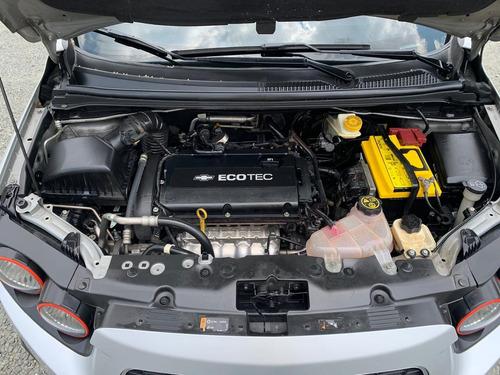 chevrolet sonic hatchback 2013 km 60,000