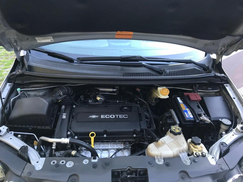 chevrolet sonic hb full 1600 automatico  techo corredizo