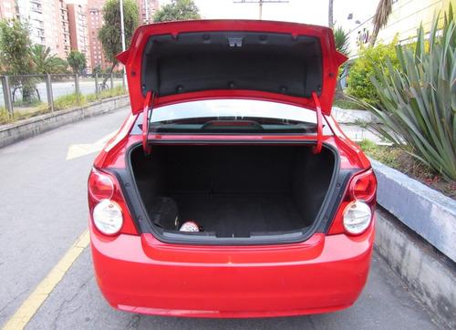 chevrolet sonic lt 1.6 automático sedán