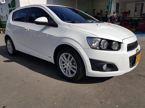 chevrolet sonic lt at automático modelo 2015 1.600 hatchback
