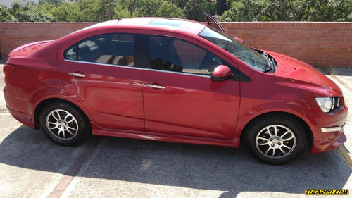 chevrolet sonic mt 1600cc sedan
