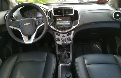 chevrolet sonic nueva version hatch back 2017