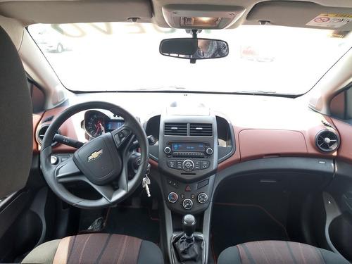 chevrolet sonic sedan d  manual  lt 2016