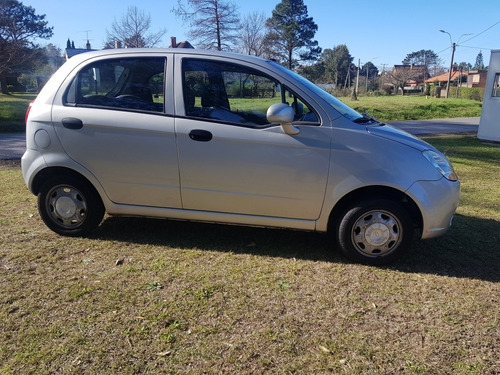 chevrolet spark 800cc base financio!