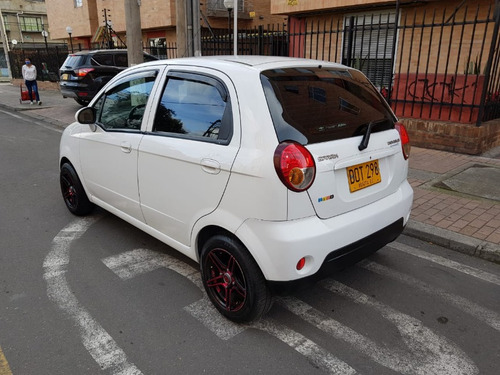 chevrolet spark  life 2 airbags abs 1.0 mt aa