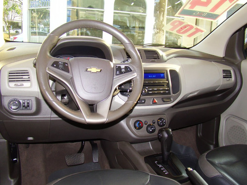 chevrolet spin 1.8 advantage - 2014