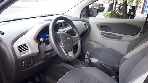 chevrolet spin lt 5 as. año 2013