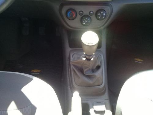 chevrolet spin lt manual sedan rd