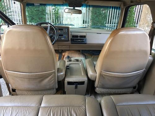chevrolet suburban 5.7 v8 gasolina 4p automático