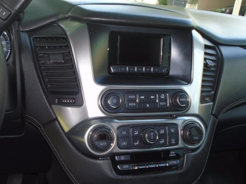 chevrolet suburban 5p. v8 5.3 aut. piel 2da cubo 2015