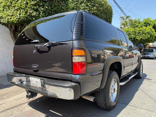chevrolet suburban g piel aa dvd qc at 2005