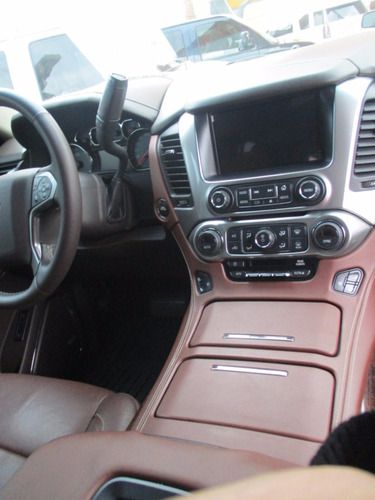chevrolet suburban ltz 4x4 modelo 2015