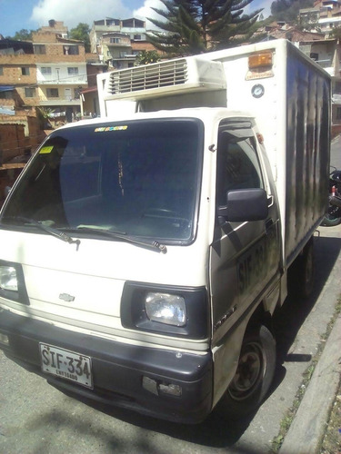chevrolet super carry con furgon y thermo mod. 2002