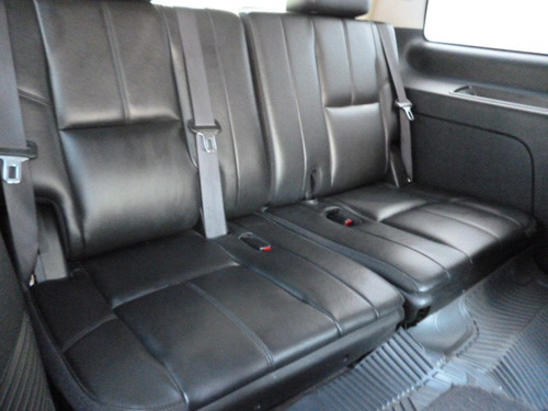 chevrolet tahoe e suv piel cd 2a fila asientos 4x4 at 2010