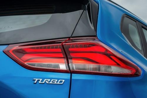 chevrolet tracker  1.2 turbo  manual  gul