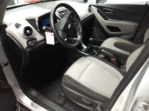 chevrolet tracker 1,8 ltz modelo 2015 61000 km plateado