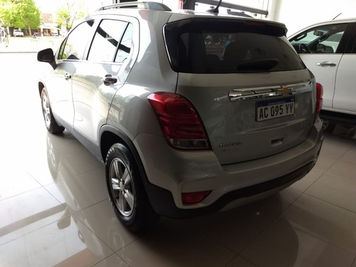 chevrolet tracker 1.8 ltz modelo 2017 30000 km color plata