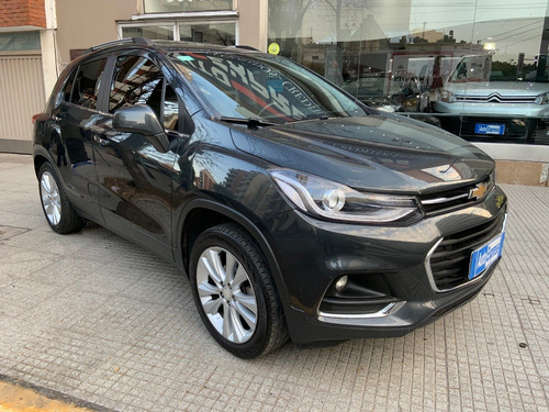 chevrolet tracker awd ltz +