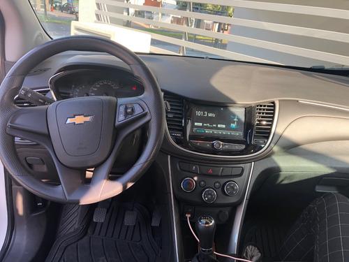 chevrolet tracker motor 1.8 2018 blanco 5 puertas