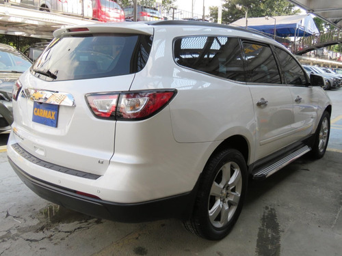 chevrolet traverse lt 8psj