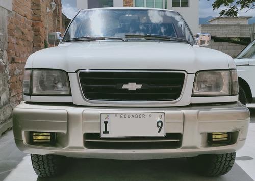 chevrolet trooper wagon  rs