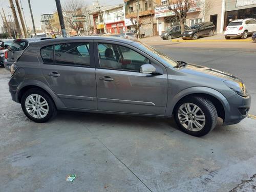 chevrolet vectra gls 5 puertas gris medio 2011 120.000 km.